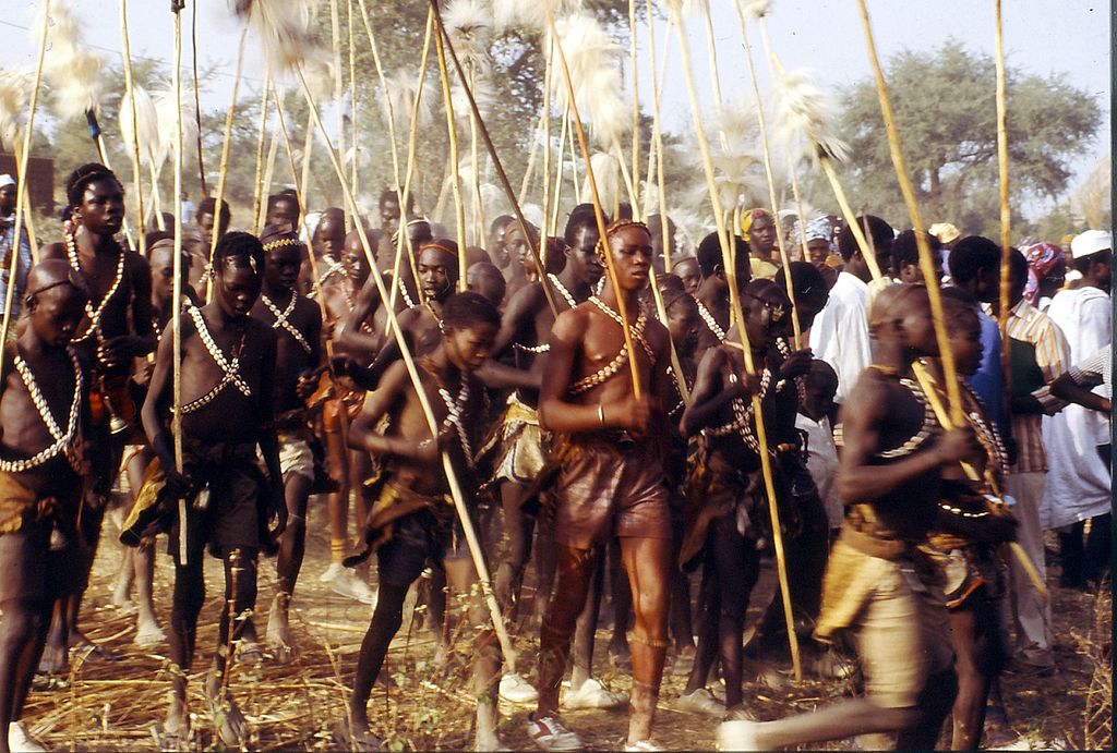 Initiated boys, Rumsu in north Cameroon. [By Zeratime - African Studies Centre (Leiden), CC BY-SA 3.0, https://commons.wikimedia.org/w/index.php?curid=30560439]